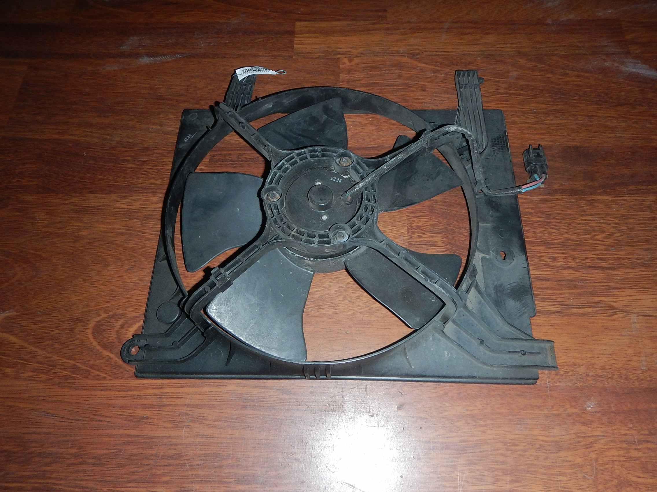Вентилятор радиатора основного Daewoo Leganza фото