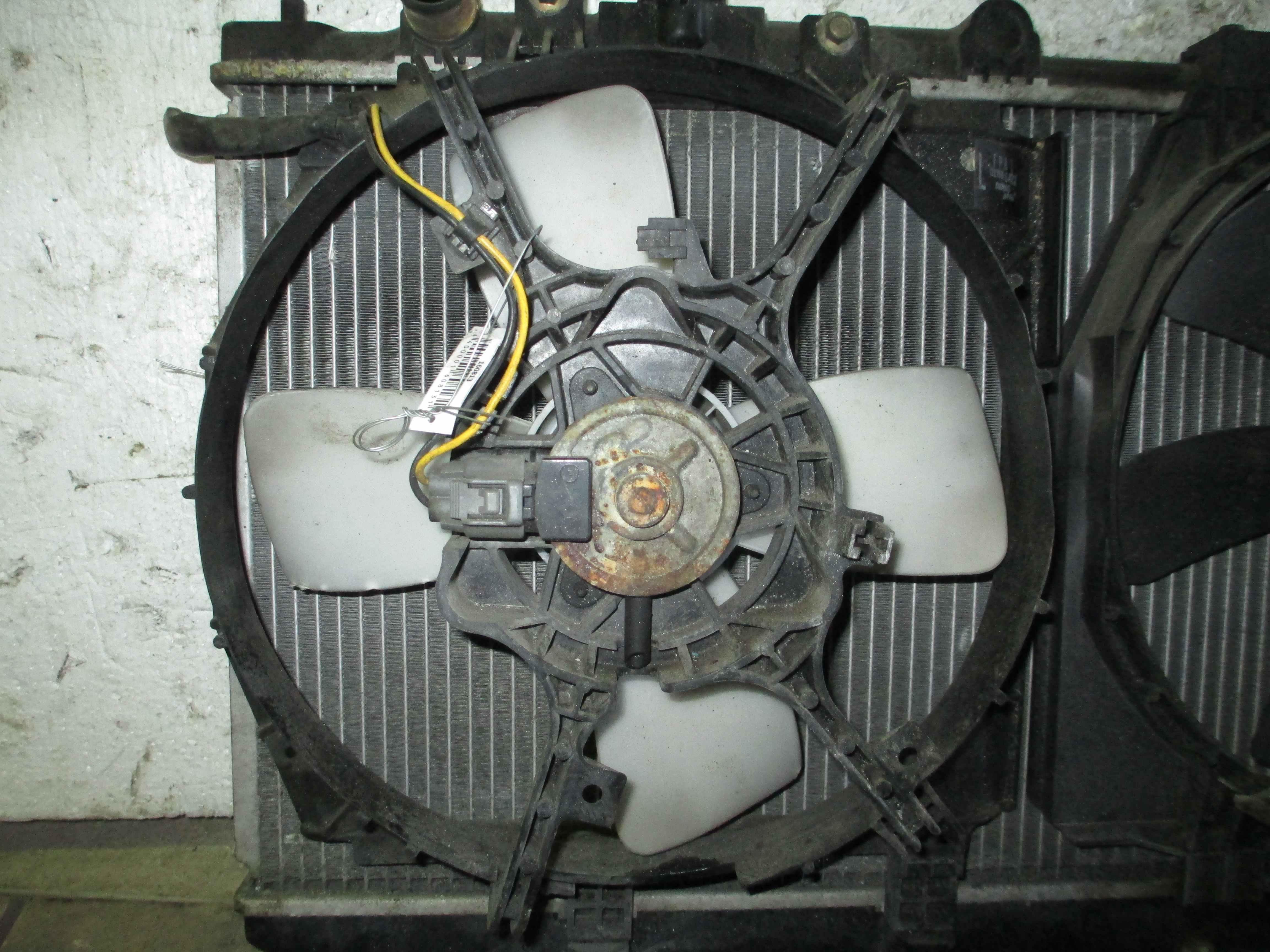 Вентилятор радиатора основного Mazda Premacy фото
