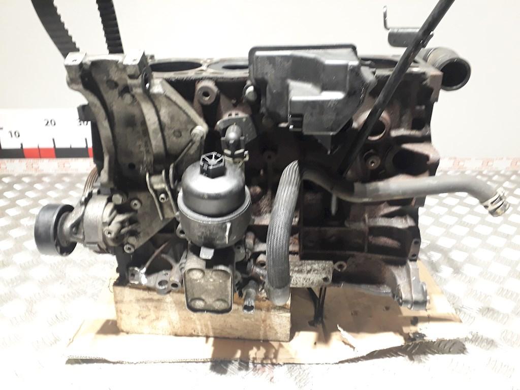Блок двигателя (картер) Ford Focus 2 2004-2011