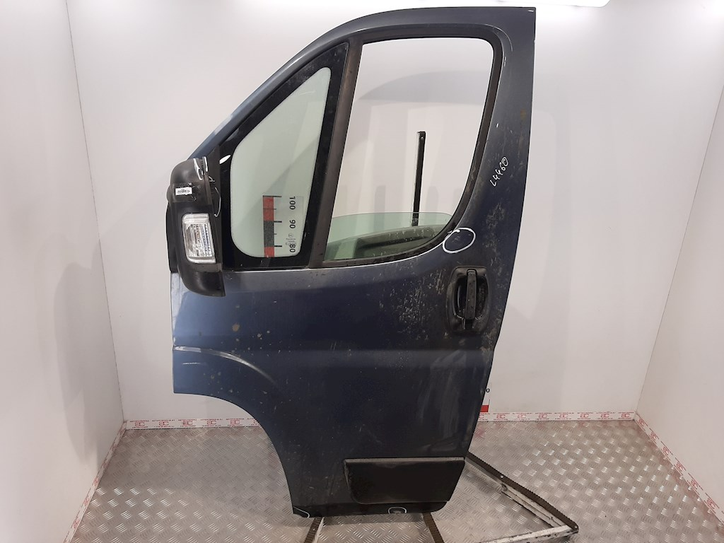 Дверь передняя левая Fiat Ducato 3 фото