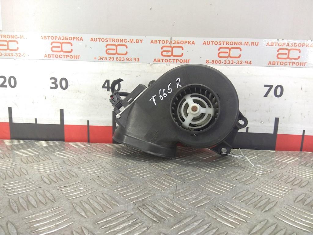 Моторчик (двигатель) печки Peugeot 807 фото
