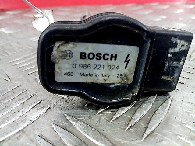 Audi-TT 8N-252179