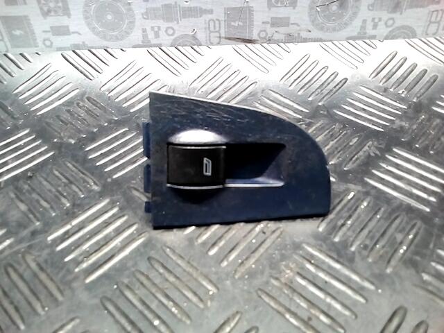 Кнопка стеклоподъемника Audi A6 C5 фото