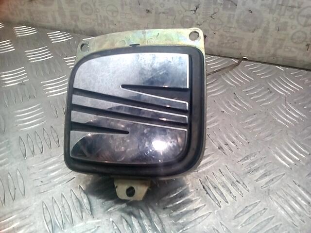 Ручка крышки багажника Seat Ibiza 3 фото
