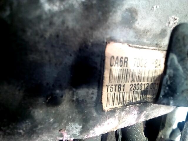 Ford-Fiesta 6-411518