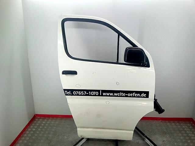 Дверь передняя правая Toyota HiAce 2004-2010