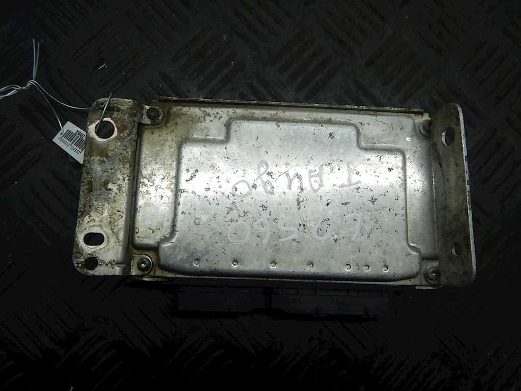 Блок управления двигателем Toyota Aygo фото