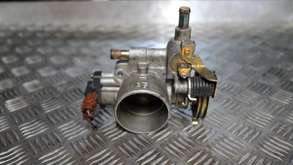Nissan SR (двигатель) — Википедия