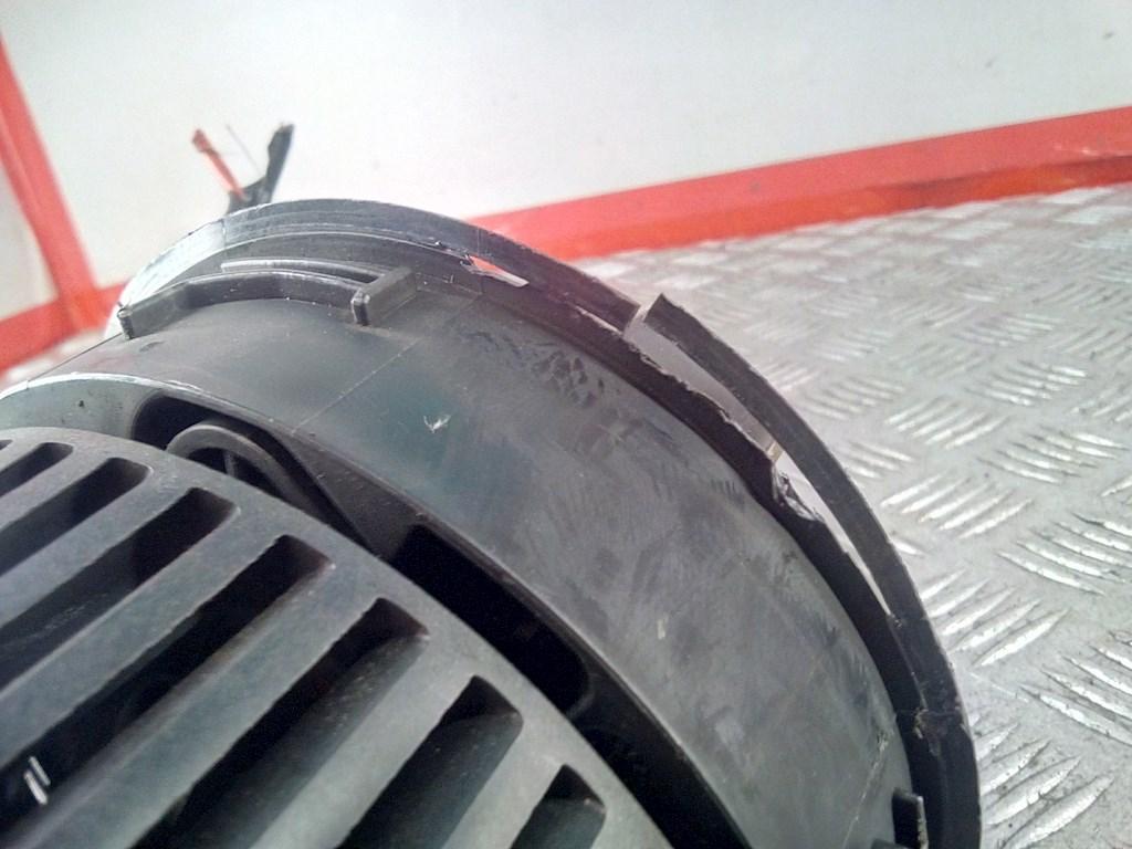 Моторчик (двигатель) печки Citroen C3 Picasso 479545 preview-4