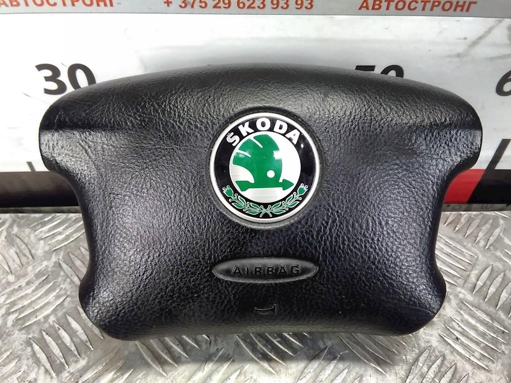 Подушка безопасности в рулевое колесо Skoda Octavia 1U фото