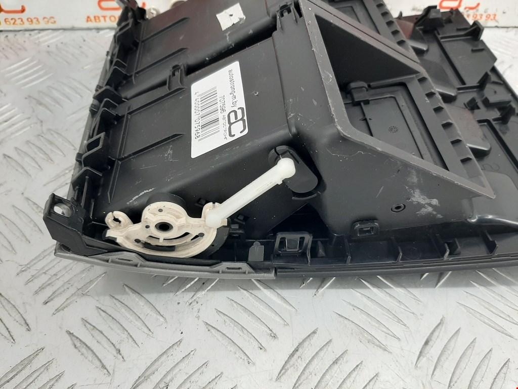 Дефлектор обдува салона Chevrolet Blazer 707596 preview-4