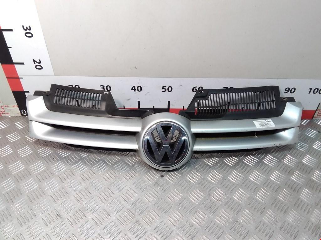 Решетка радиатора Volkswagen Golf 5 фото