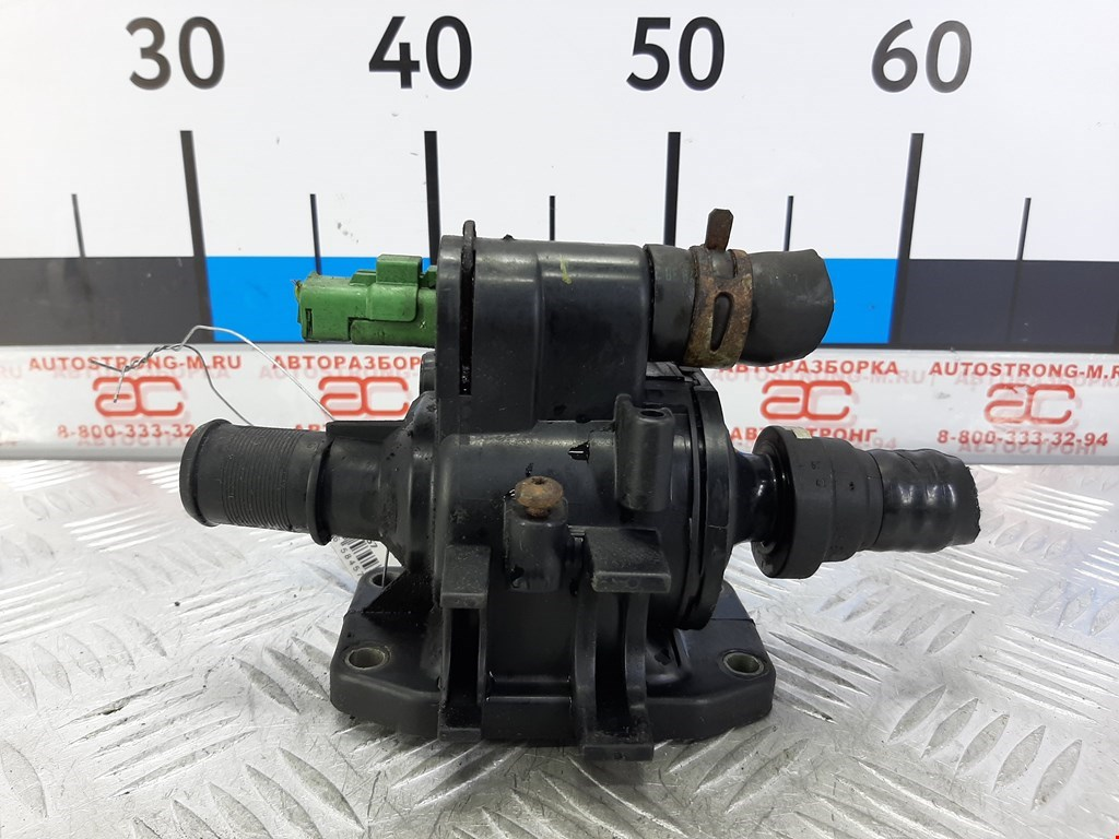 Термостат (корпус термостата) Citroen C3 фото