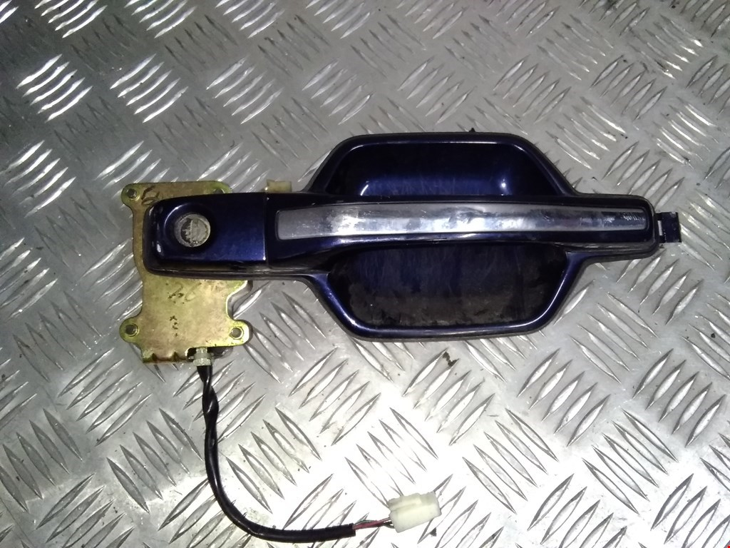 Ручка двери наружная передняя правая Mitsubishi Pajero 3 фото