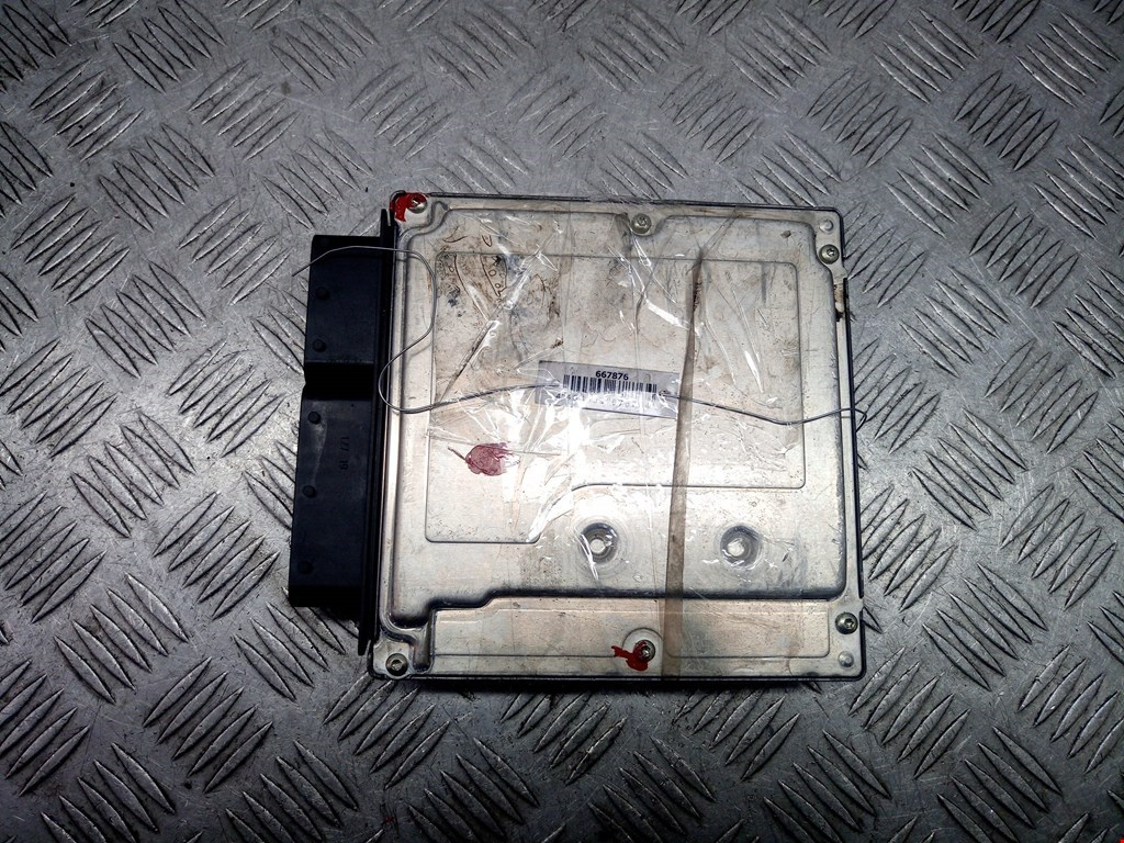 Блок управления двигателем BMW 3 Series (E46) фото