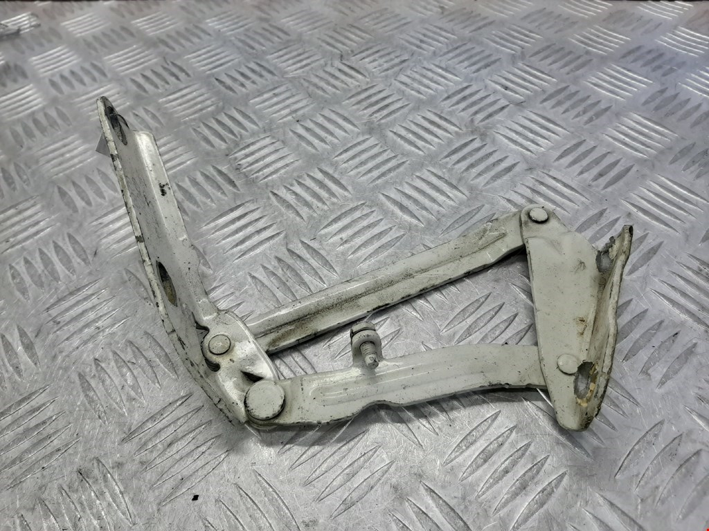 Петля капота левая Volkswagen Crafter 2006-2011