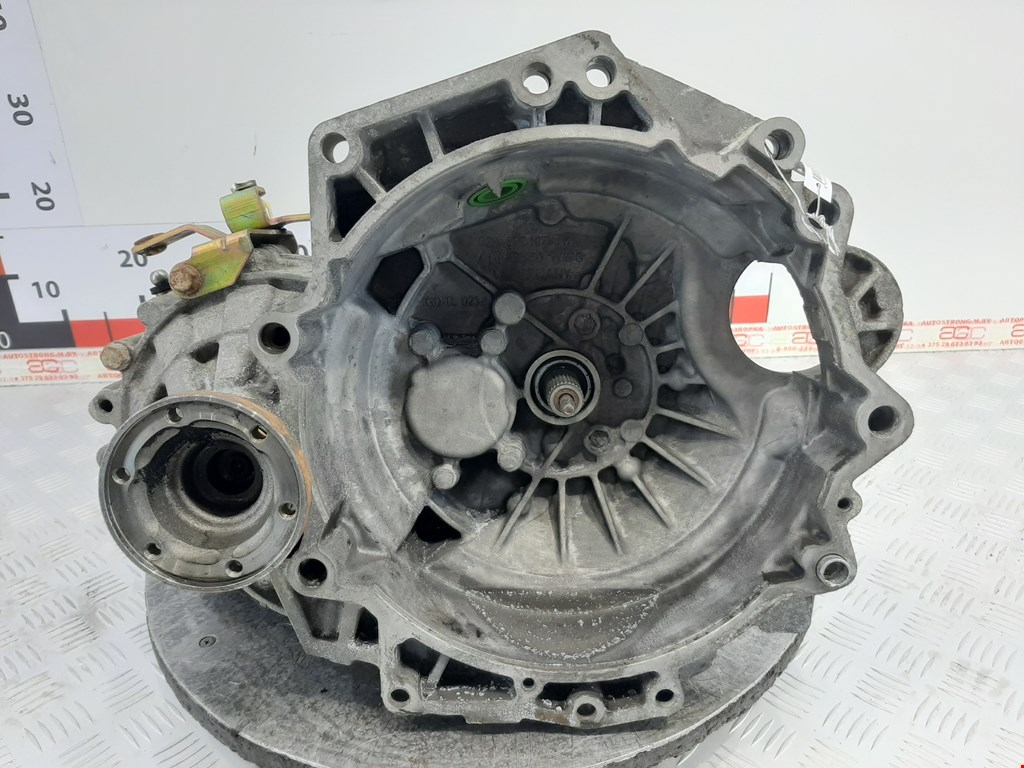 КПП 5ст (механическая коробка) Volkswagen Golf 4 1997-2004