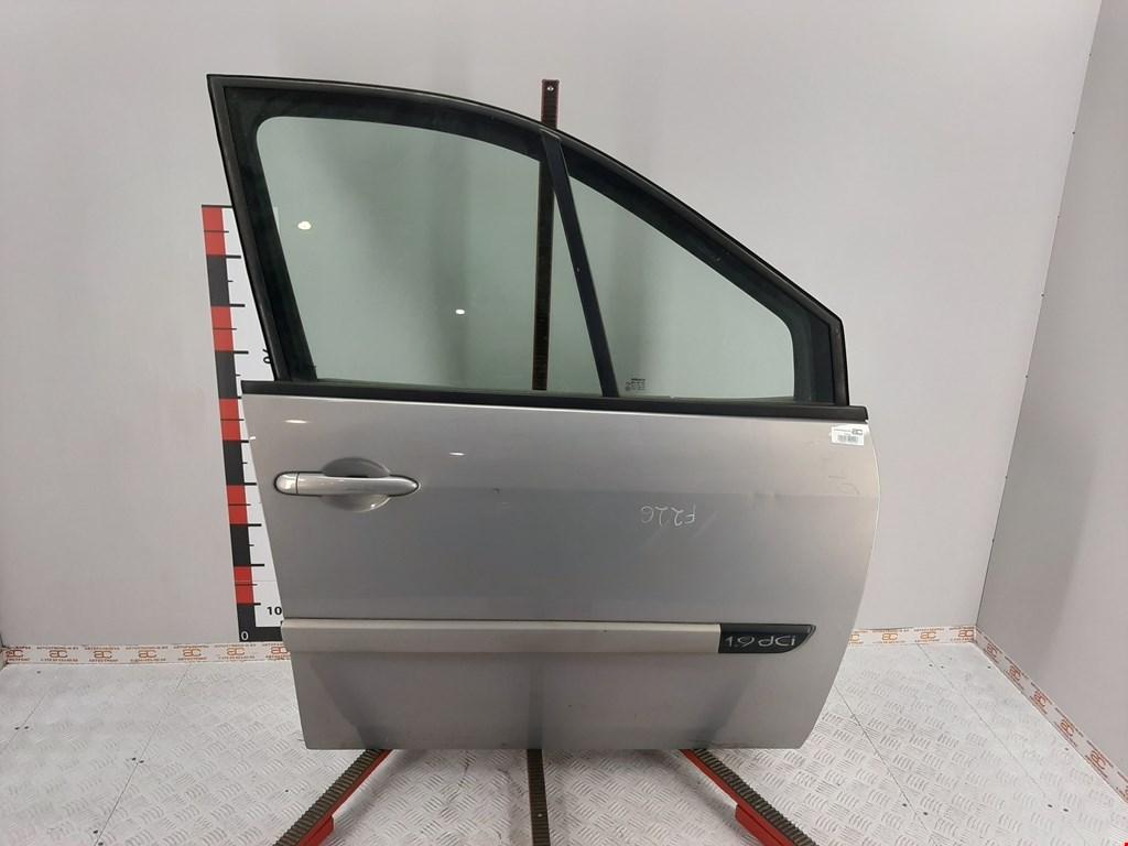Дверь передняя правая Renault Scenic 2 2003-2009