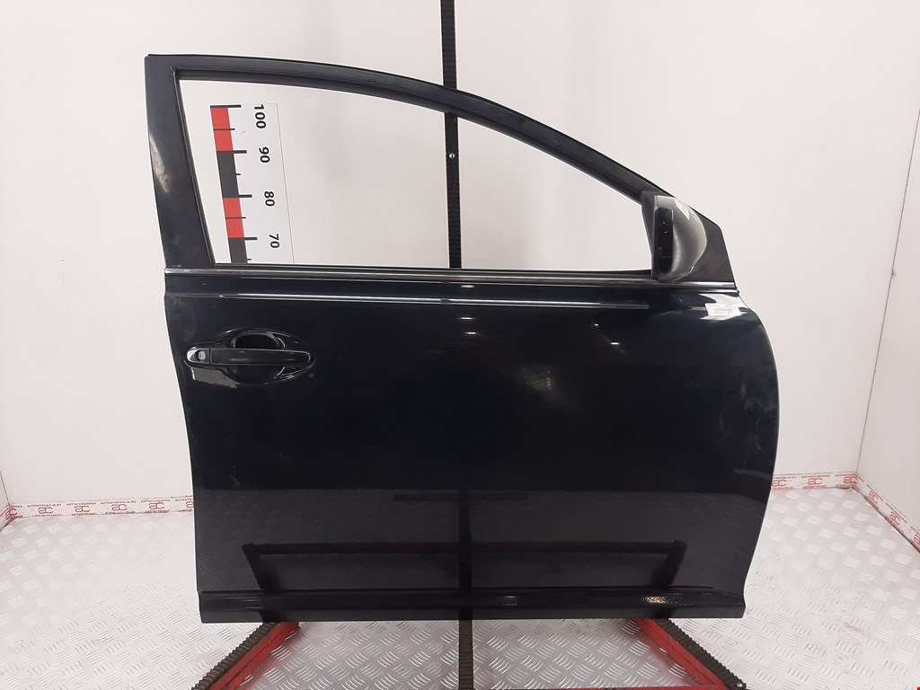 Дверь передняя правая Toyota Avensis 2 2003-2008
